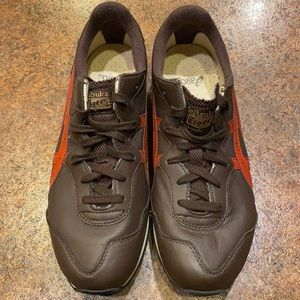 Like new, Onitsuka tiger x-caliber, US 9.5 men